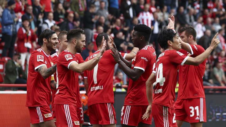 Slavia Prag - Union: Die offiziellen Aufstellungen