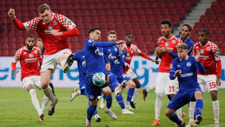 El Schalke 04 está a nueve puntos de la salvación, los mismos que ha conseguido en toda la temporada