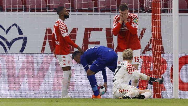Zwei Mannschaften, die um die Existenz kämpfen: Schalke 04 und Mainz 05