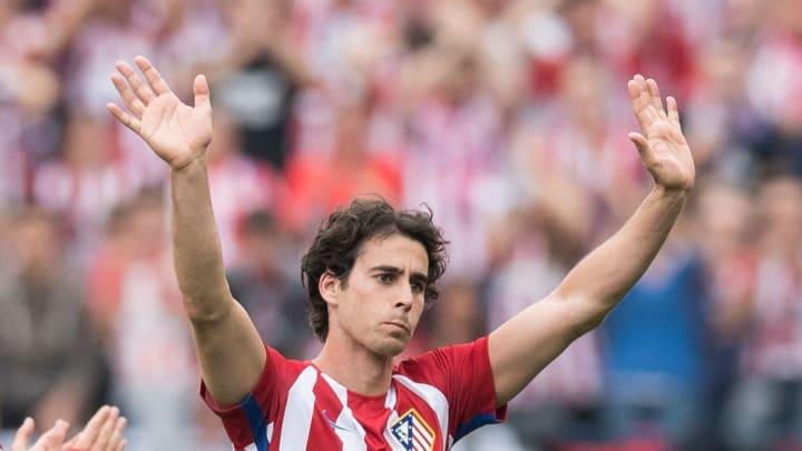 """Également passé par Lyon, Tiago, surnommé le """"Xavi portugais"""" a ravi les supporters colchoneros par sa grande vision du jeu durant sept saisons"""
