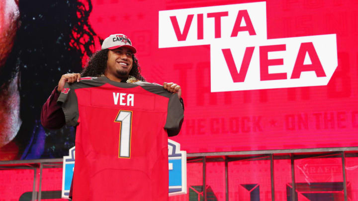 ARLINGTON, TX - APRIL 26:  Vita Vea of Washington poses after being picked #12 overall by the Tampa Bay Buccaneers during the first round of the 2018 NFL Draft at AT&T Stadium on April 26, 2018 in Arlington, Texas.  (Photo by Tom Pennington/Getty Images)