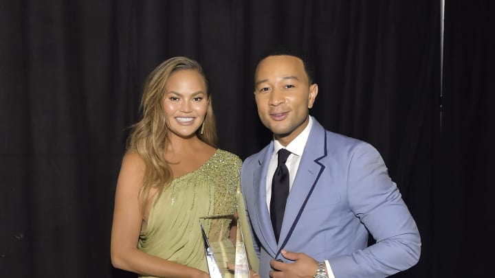 LOS ANGELES, CALIFORNIA - NOVEMBER 09: (L-R) Chrissy Teigen and John Legend attend the 2019 Baby2Baby Gala presented by Paul Mitchell on November 09, 2019 in Los Angeles, California. (Photo by Stefanie Keenan/Getty Images for Baby2Baby)