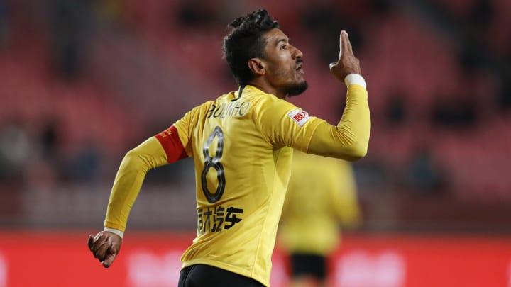 Paulinho se despede do Guangzhou Evergrande, da China, e se aproxima do Red Bull Bragantino.