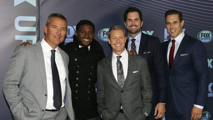 NEW YORK, NY  MAY 13: (L-R) Urban Meyer, Reggie Bush, Rob Stone, Matt Leinart and Brady Quinn attend the 2019 FOX Upfront at Wollman Rink, Central Park on May 13, 2019 in New York City. (Photo by Dominik Bindl/Getty Images)