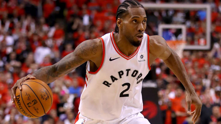 TORONTO, ONTARIO - JUNE 10:  Kawhi Leonard #2 of the Toronto Raptors handles the ball on offense against the Golden State Warriors in the second half during Game Five of the 2019 NBA Finals at Scotiabank Arena on June 10, 2019 in Toronto, Canada. NOTE TO USER: User expressly acknowledges and agrees that, by downloading and or using this photograph, User is consenting to the terms and conditions of the Getty Images License Agreement. (Photo by Gregory Shamus/Getty Images)