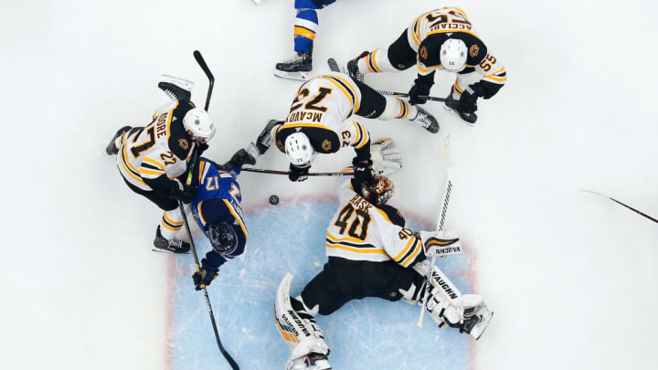ST LOUIS, MISSOURI - JUNE 09:  Tuukka Rask #40 of the Boston Bruins stops a shot against Jaden Schwartz #17 of the St. Louis Blues during the first period in Game Six of the 2019 NHL Stanley Cup Final at Enterprise Center on June 09, 2019 in St Louis, Missouri. (Photo by Jamie Squire/Getty Images)