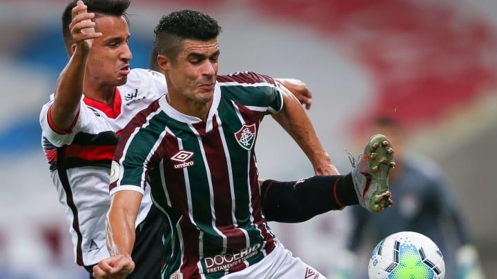 Egídio é um dos jogadores que o torcedor do Fluminense já perdeu a paciência