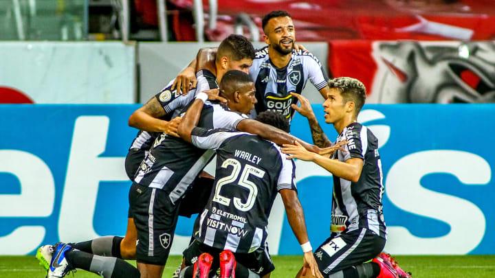 Botafogo está na perseguição por uma vaga no G-4