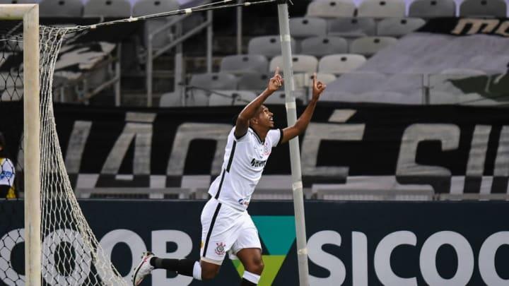 Apesar de não ter apresentado boas atuações nas últimas partidas, Jô é um dos ídolos do Corinthians.