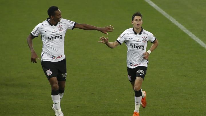 Corinthians conta com o retorno de alguns titulares para disputa contra o São Caetano