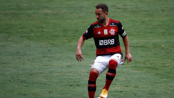 Éverton Ribeiro Flamengo Cruzeiro Campeonato Brasileiro