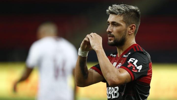 """Arrascaeta fala sobre Europa e reforça bom momento no Flamengo: """"Estou num grande clube da América e do mundo""""."""