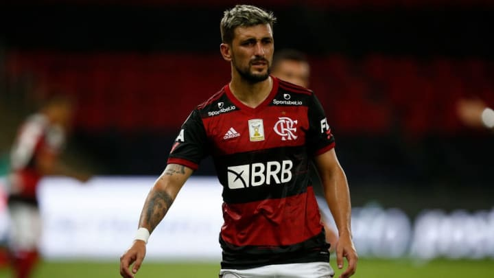 Giorgian de Arrascaeta Flamengo Corinthians Brasileiro