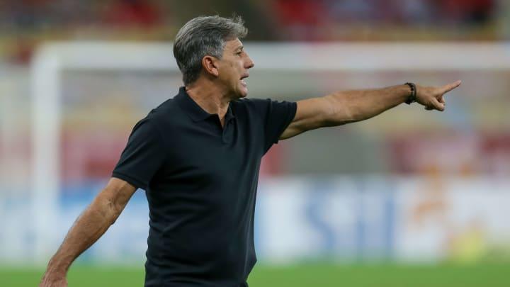 Renato Gaúcho não estava sendo unanimidade entre torcedores no Grêmio, mas sua competência é inquestionável.