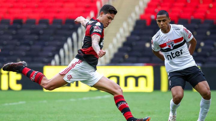 São Paulo e Flamengo voltam a se enfrentar pelo Brasileiro