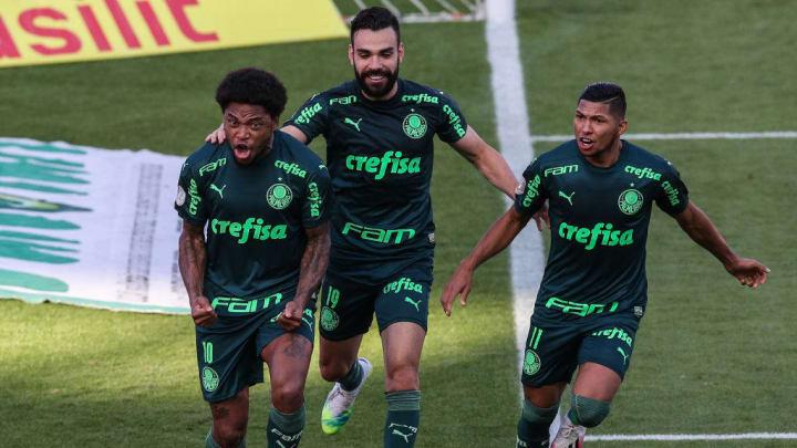 Luiz Adriano, Bruno Henrique, Rony