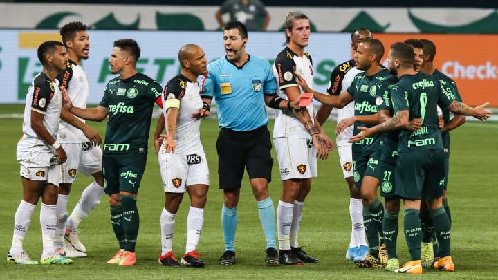 Leão e Alviverde duelam por objetivos distintos na 9ª rodada do Brasileirão