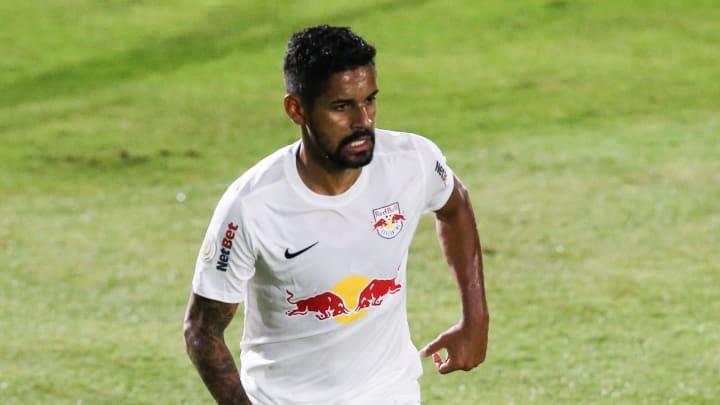 Aderlan anotou um golaço no Maracanã, contra o Flamengo