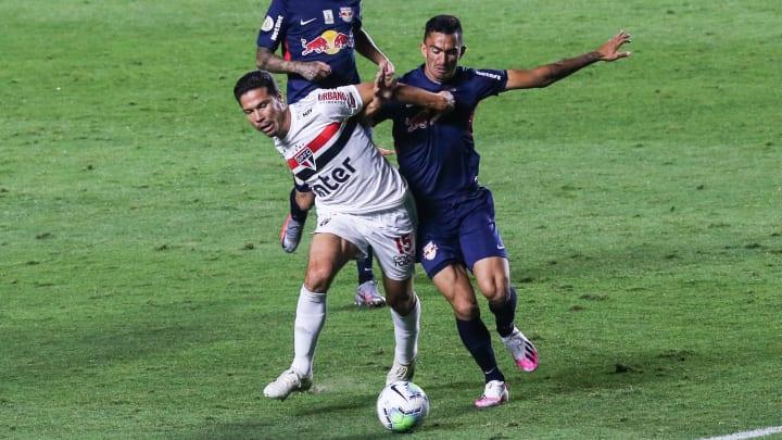 São Paulo x Red Bull Bragantino: Um jogo que promete pegar fogo.