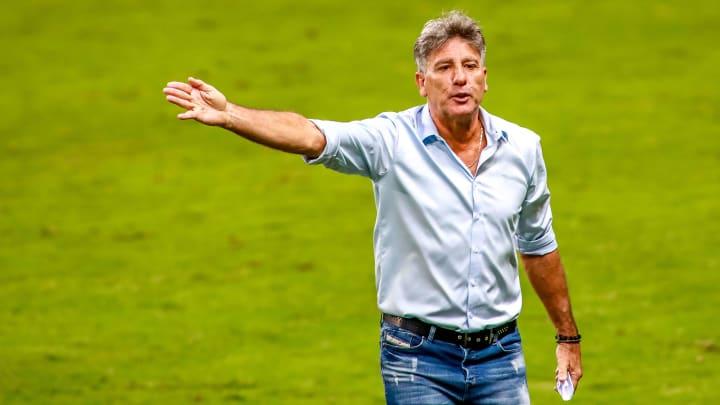 Renato Gaúcho como favorito, Jorge Jesus vivendo dificuldades no Benfica e mais: confira cinco possíveis treinadores que poderiam assumir o Flamengo.