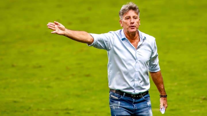 Renato Portaluppi testou positivo para a Covid-19, diz filha do treinador do Grêmio.