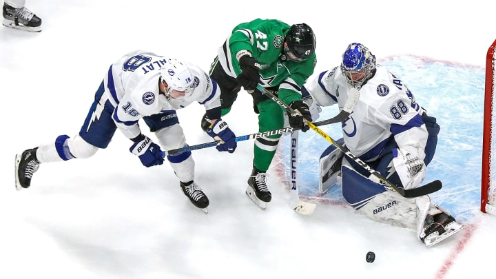 Stars vs Lightning odds, betting lines, predictions, expert picks and over/under for NHL Stanley Cup Final game 5.
