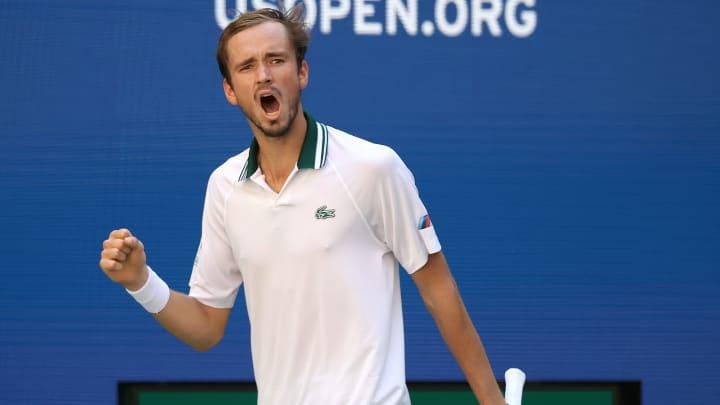 Felix Auger-Aliassime vs Daniil Medvedev odds and prediction for US Open men's singles match.