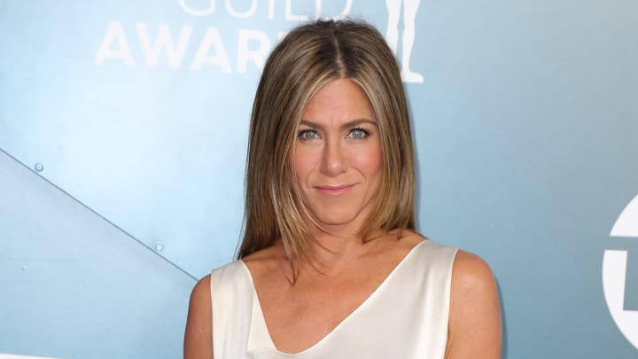 Jennifer Aniston stressed the importance of wearing a mask amid the coronavirus pandemic.