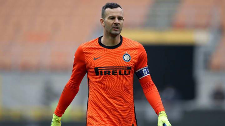 36 años y atajando en Inter