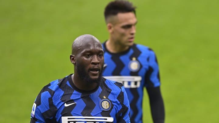 Inter, attenta a Lukaku: bonus non pagato, lo United chiede Lautaro o Skriniar