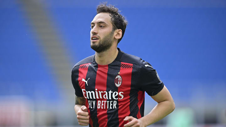 Milan's contract is not extended, Hakan Calhanoglu is targeted by ...