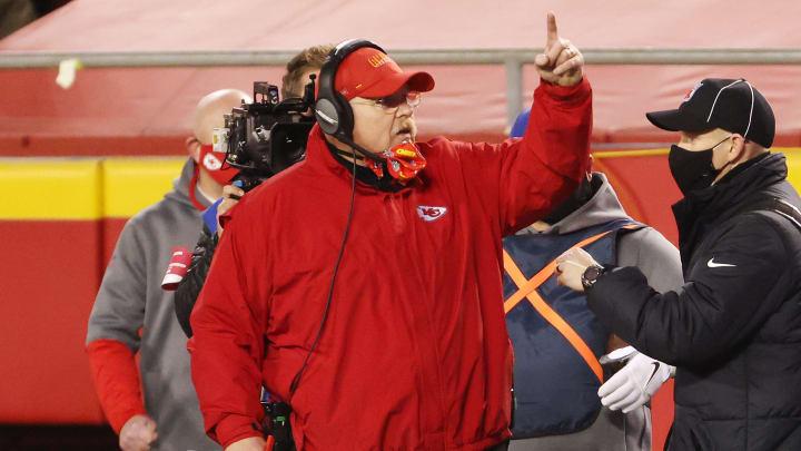 Andy Reid condujo a los Chiefs por segunda campaña seguida al Super Bowl