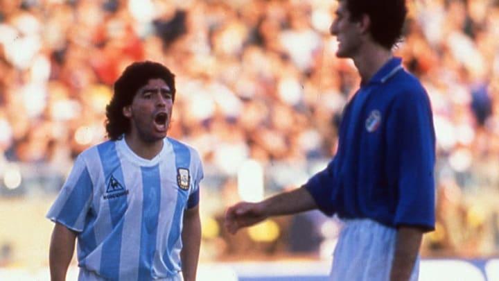 Maradona et l'Argentine ont sortie l'Italie de son Mondial en demi-finale en 1990.