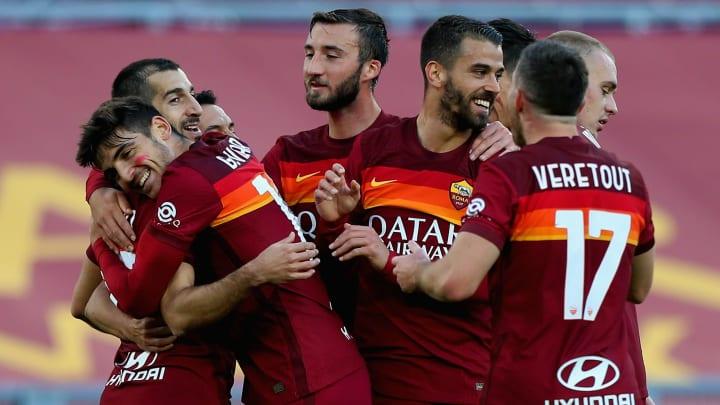 L'esultanza al gol di Mkhitaryan