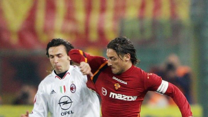 AS Roma's Captain Francesco Totti (R) vi