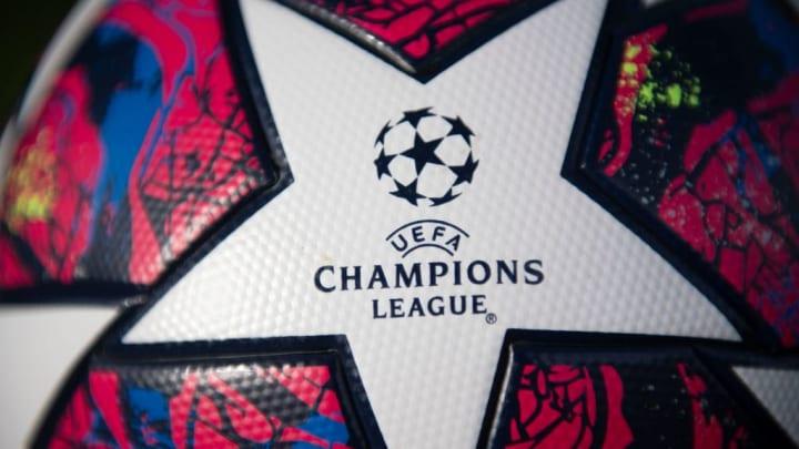 Adidas 'Istanbul 20' UEFA Champions League Replica Football