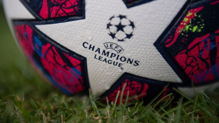 Adidas 'Istanbul 20' UEFA Champions League replica ball
