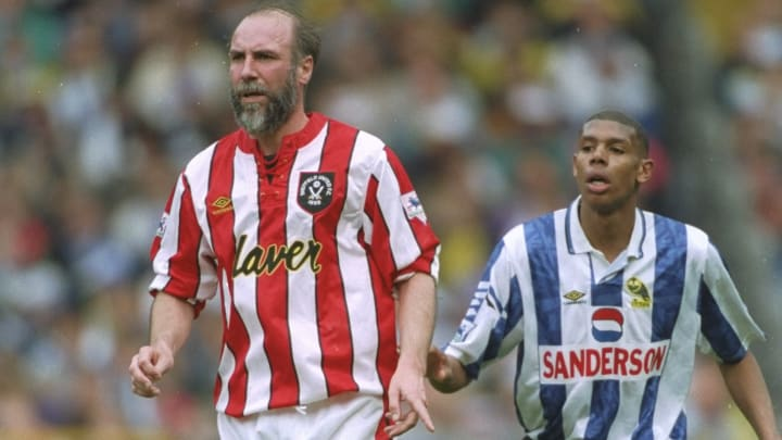 Alan Cork of Sheffield United and Carlton Palmer of Sheffield Wednesday