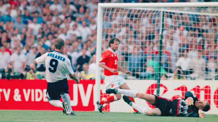 Shearer was at his best as England tore the Netherlands apart