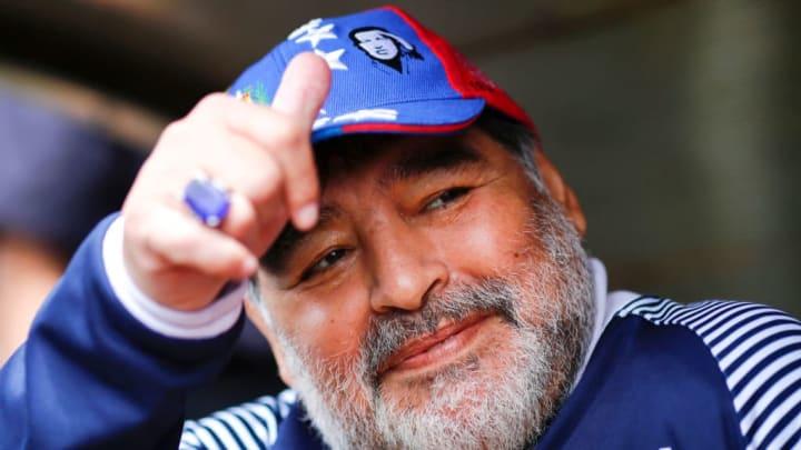 Maradona al frente de Gimnasia de la Plata
