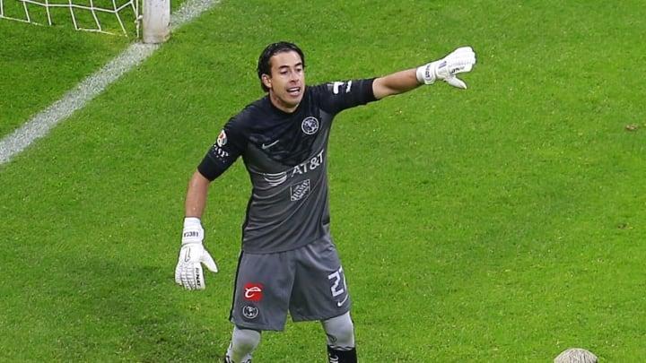 El arquero Óscar Jiménez fue factor para la victoria 2-1 del América sobre Necaxa en el Estadio Azteca.
