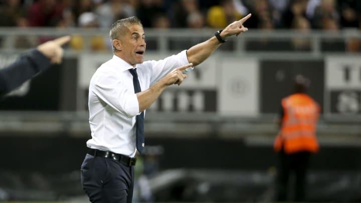 Sylvinho teve passagem frustrada pelo futebol francês