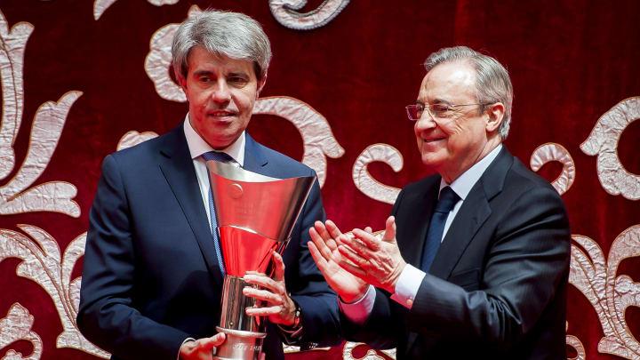Angel Garrido junto a Florentino Pérez