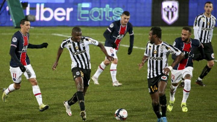 PSG e Angers entram em campo pelas quartas de final da Copa da França. Pochettino terá Neymar de volta, mas Navas segue como desfalque.