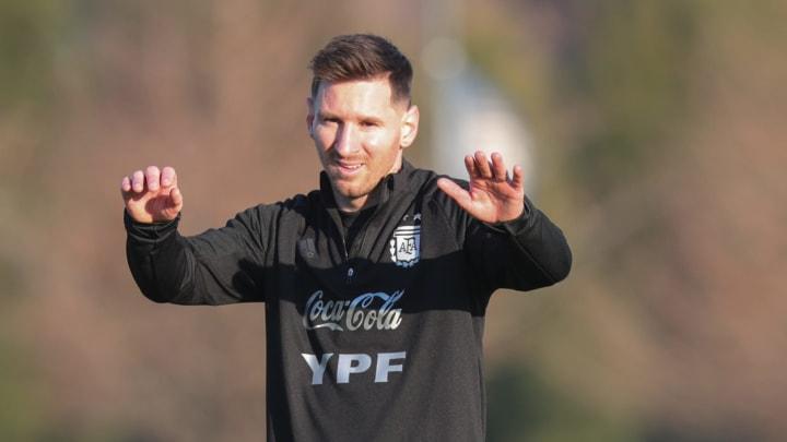 Leo Messi entrenando con la selección Argentina