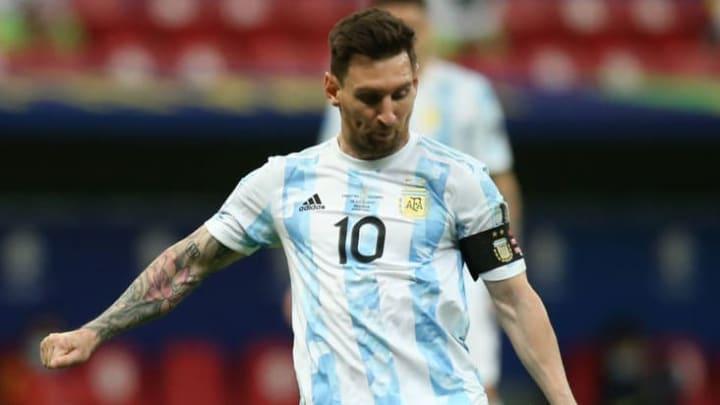 Barcelone cherche tous les moyens pour garder Lionel Messi.