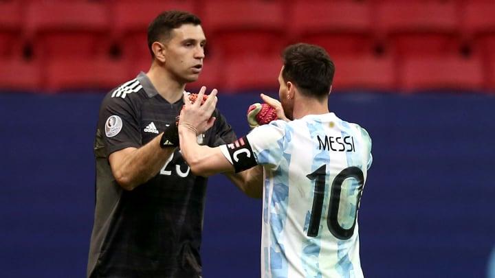 Martínez y Messi, los dos mejores de la competencia.