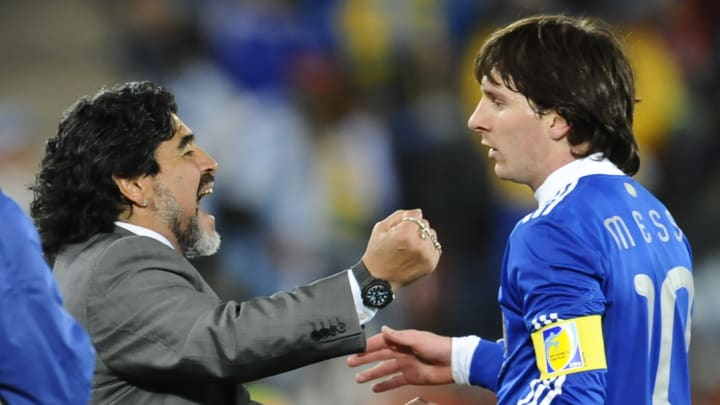 Argentina's striker Lionel Messi (R) cel