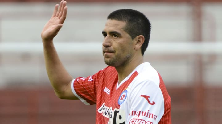Juan Roman Riquelme terminó su carrera profesional jugando en Argentinos Juniors