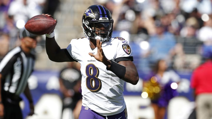 BALTIMORE, MARYLAND - SEPTEMBER 15: Quarterback Lamar Jackson #8 of the Baltimore Ravens throws the ball against the Arizona Cardinals during the second half at M&T Bank Stadium on September 15, 2019 in Baltimore, Maryland. (Photo by Todd Olszewski/Getty Images)